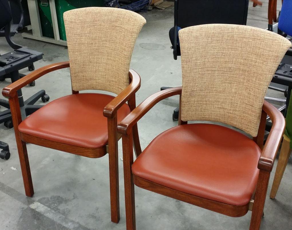Zorgstoelen na Life2 meubelrestyling